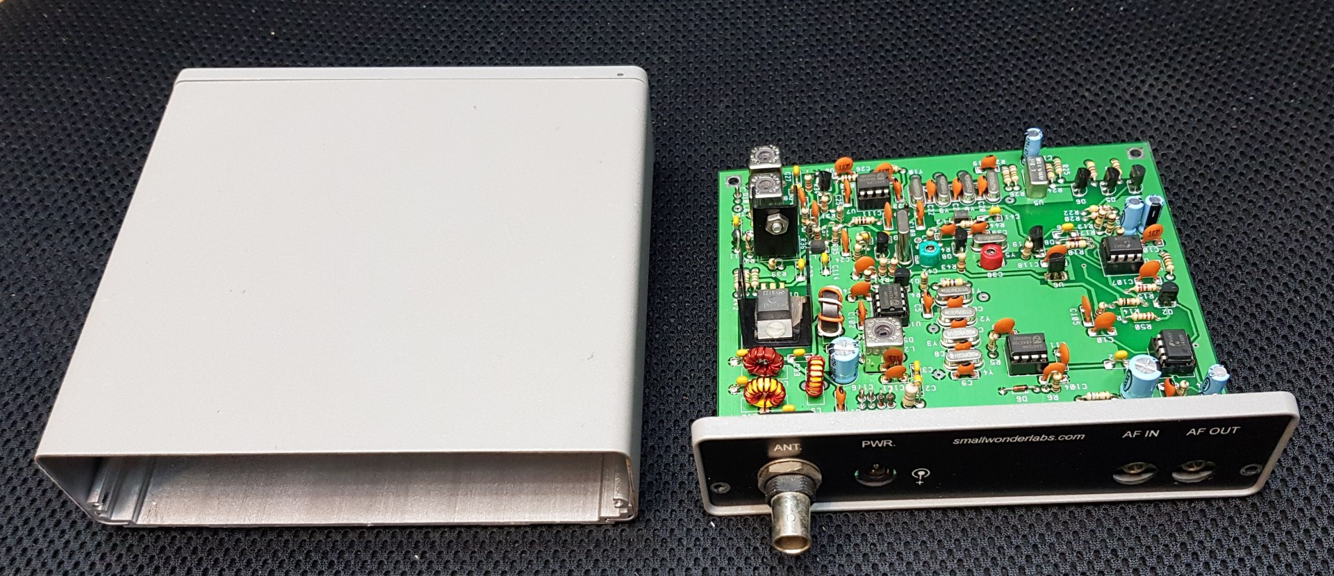 Small Wonder Labs PSK-20 (built-kit) / Modded for 20m WSPR (FT-8 compatible)