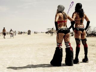 Ladies soaking in the Burning Man sights