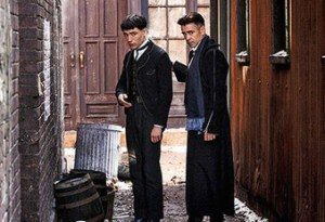 credence-barebone-and-percival-graves-fantastic-beasts-and-where-to-find-them-39829548-500-310