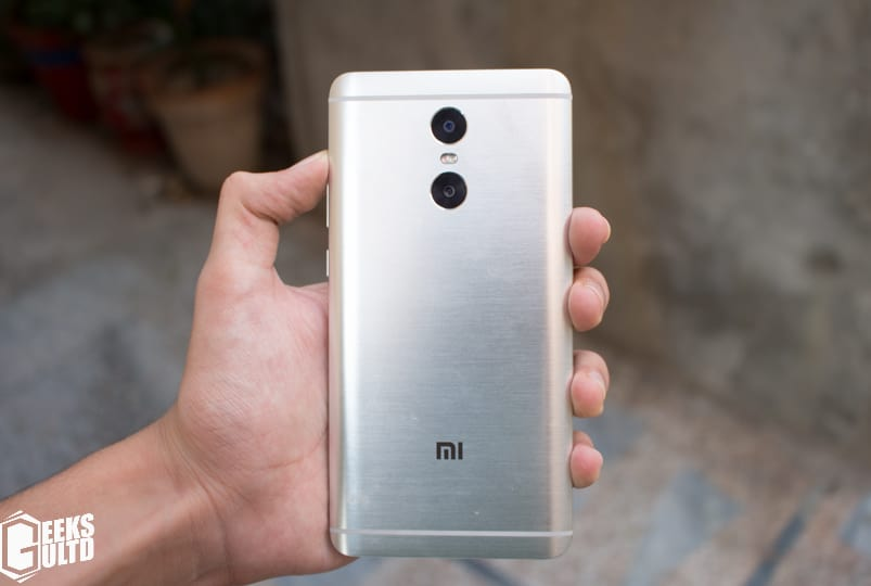 Xiaomi Redmi Pro Review: Back hands-on