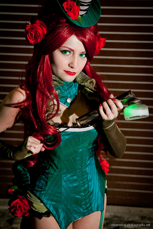 Steampunk Poison Ivy Cosplay