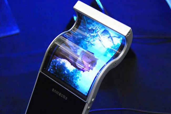 Samsung To Launch Smartphones With Flexible Displays In 2012