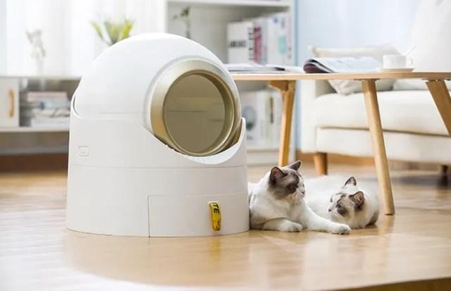 Woof 'N Meow semi automatic cat litter box