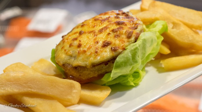Oceans of Seafood: Tuna Hamburger