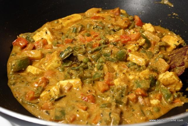 Mix veg korma without onion garlic geetas cuisine mix forumfinder Images