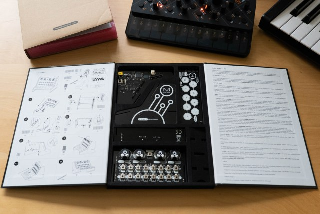 CRAFTrhythm packaging includes clear assembly instructions