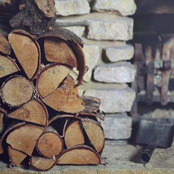 Brennholz aus der Gefährdetenhilfe Blomberg