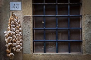 Garlic hanging in Barberino di Val D'Elsa