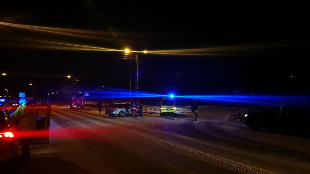 KOLLISJON: Ulykken skjedde i 40-sonen på fv. 409 mot Kongshavn. Foto: Tom Terjesen