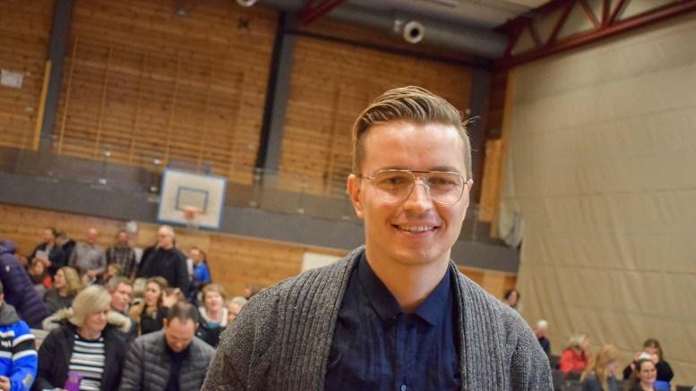 BARNEVAKTEN: Audun Rensel fra organisasjonen Barnevakten holdt foredrag for foreldre, foresatte og ansatte ved Roligheden skole mandag kveld. Foto: Esben Holm Eskelund