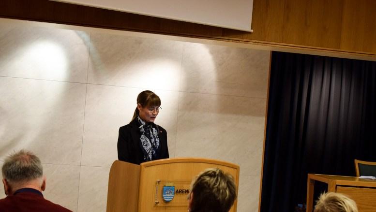 BYANTIKVAR: Vararepresentant i bystyret i Arendal, Kristin Lorentsen (Ap) mener kommunen bør ansatte en byantikvar. Foto: Esben Holm Eskelund