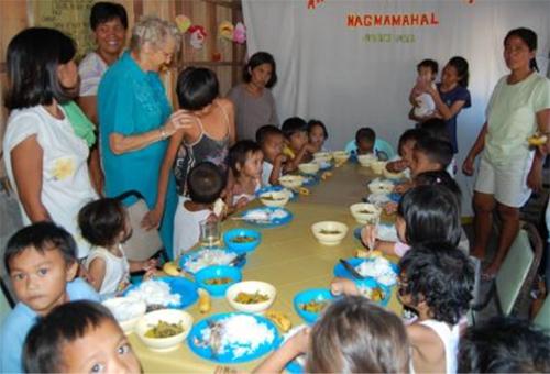 HJELPEARBEID: Tromøy menighet driver hjelpearbeid på Fillipinene. Foto: Tromøy menighet