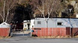 UVISSHET: Rådmannen har to forslag om når det kan være passende å stenge den kommunale barnehagen i Fjellvik, sentralt plassert mellom Pusnes og Skilsø. Arkivfoto