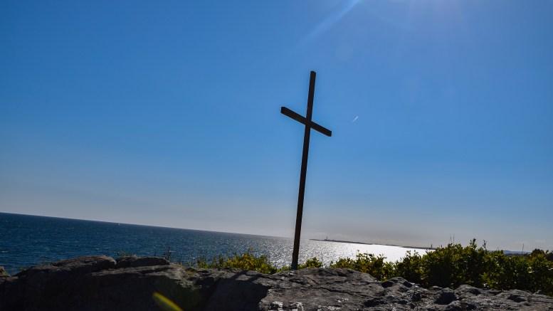 MARKOPP: Et kors på stedet skal historisk være helt korrekt. Nå er det ikke lenger et fast kors på Markopp, som har hatt flere navn opp gjennom tidende. Foto: Esben Holm Eskelund