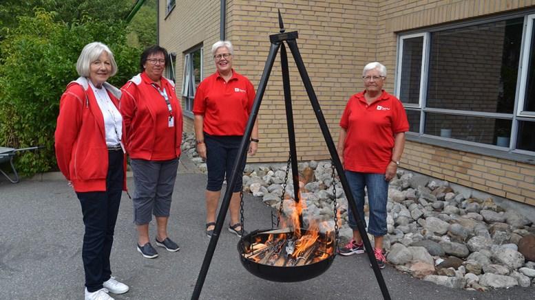 RØDE KORS: Tromøy-avdelingen har gjort seg digitale og er med det mer tilgjengelig for flere. Foto: Tromøy Røde Kors