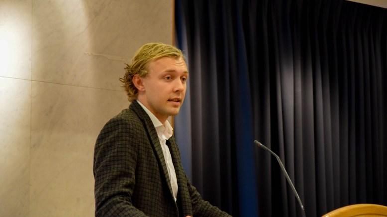 CANVAS-HOVE: – For at vi skal utvikle Arendal videre er vi nødt til å gjennomføre forandringer, selv om det vekker høylytt motstand, mener Erik Johan Tellefsen Lindøe (H). Arkivfoto