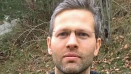 MOBBEOMBUD: Erik Songe-Møller er ansatt som mobbeombud i Aust-Agder fylkeskommune, og går fra lærerjobb på Roligheten skole til nye oppgaver. Foto: Foto: Elin Osnes-Strand / AAfk