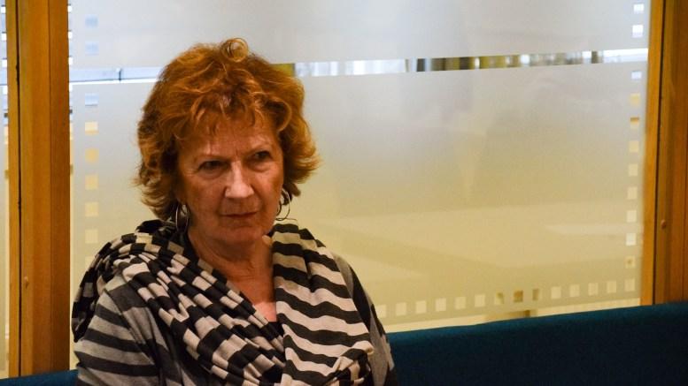 ELDREOMSORG: Arendal Frps Ingrid Skårmo mener kommunen må ringe alle gamle som ikke mottar helse- og omsorgstjenster for å sjekke hvordan det står til. Arkivfoto: Esben Holm Eskelund