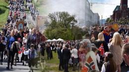 JA, VI ELSKER: Tromøy feiret nasjonaldagen 2019 i flott vær, både på Hove, Kongshavn og i Arendal sentrum. Foto: Esben Holm Eskelund/Montasje