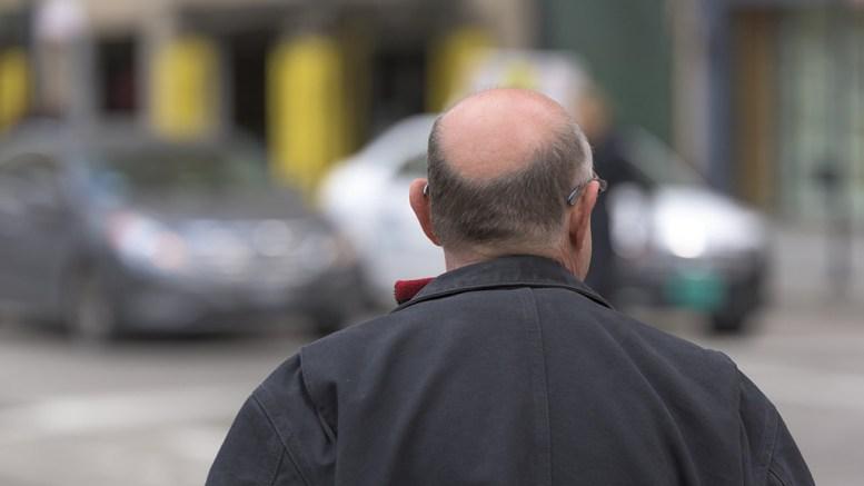 PENSJON: Det skulle bare mangle at pensjonistene får beholde litt mer av inntekten på sine eldre dager, mener Ingrid Skårmo og Edward Terjesen i Arendal Frp. Ilustrasjonsfoto