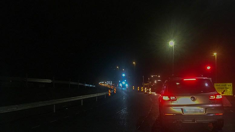 NY TROMØYVEI: Veistrekningen over Krøgenes til Tromøybroa ble onsdag kveld tatt i bruk for første gang. Foto: Esben Holm Eskelund