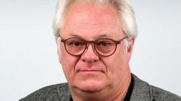 LYSBRUK:– Alle sjåfører har ansvar for å lære seg hvordan lysbryteren fungerer på sin egen bil, skriver Lars Helge Rasch, kommunikasjonssjef, Statens vegvesen Region sør i denne kronikken.