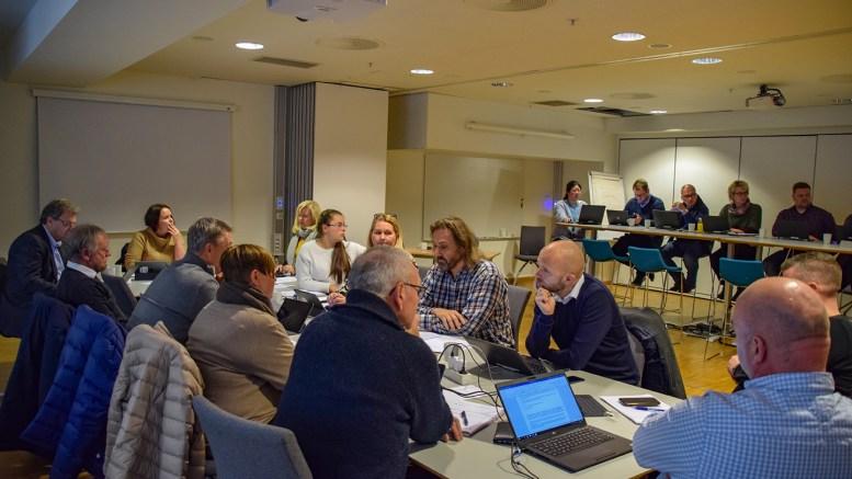 TRAFIKKSIKKERHET: Oppvekstkomitéen i bystyret diskuterte sist torsdag opprettelse av et utvalg som skal se på trafikksikkerhet i kommunen. Foto: Esben Holm Eskelund