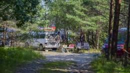 VILLCAMPING: Med en campingplass mindre og ingen penger til bobilparkering på budsjett er det bare å se frem til mer av utenlandske turister som parkerer bobilene sine helt ut i nasjonalparken, som her på Bottstangen i sommer. Arkivfoto