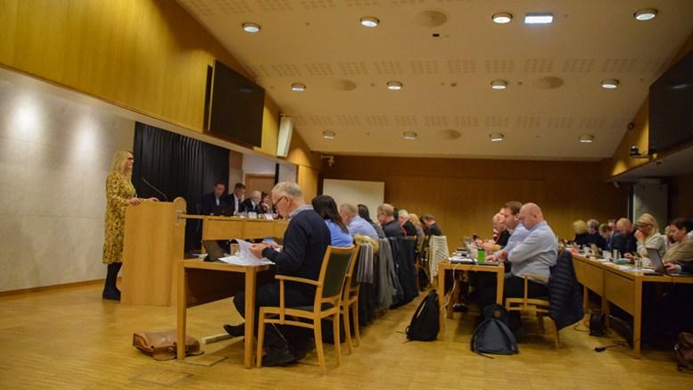 SOMMERSTENGT: Cathrine Krogstad Hansen (Ap) og bystyreflertallet går inn for å ikke røre dagens ordning med sommertilbud i SFO og barnehage i 2020. Foto: Esben Holm Eskelund