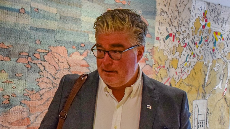 REAGERER: Høyres gruppeleder Geir Fredrik Sissener reagerer på debattformen i Hove-saken, og sikter til Alf M. Sandbergs siste meningsytringer. Arkivfoto