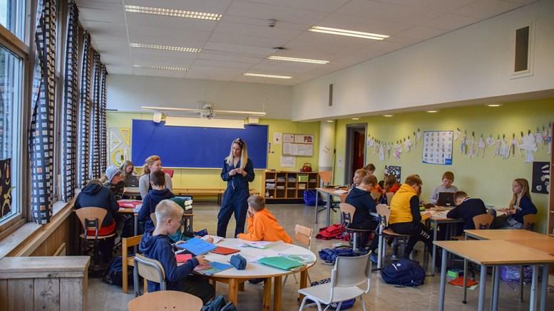 SKOLESTØTTE: Tromøy fritidsforum vil avlaste foreldre i hjemmeskolene med digital leksehjelp/skolestøtte. Arkivfoto