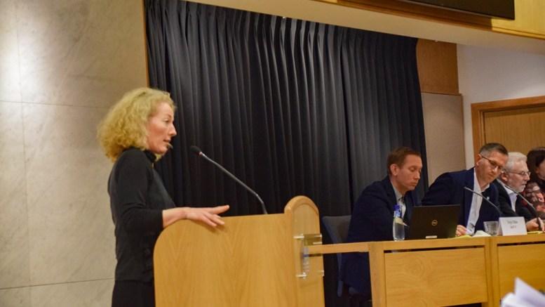 BOPLIKT-VIPPEN: Den uavhengige bystyrerepresentanten Kristina Stenlund Larsen sørget for flertall for ikke å utrede gjeninnføring av boplikt i Arendal kommune. Arkivfoto