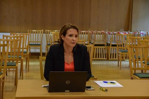 <b>HAR KONTROLL:</b> Kommuneoverlege Helene Rakeie i Arendal kommune, mener det er god kontroll på smitteubruddet og -oppsporing. Foto: Esben Holm Eskelund