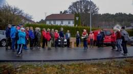 HELSELAGSNISSEN: Tromøy helselags nisse satte pris på de som har organisert turer i koronaåret før jul. Foto: Tromøy helselag