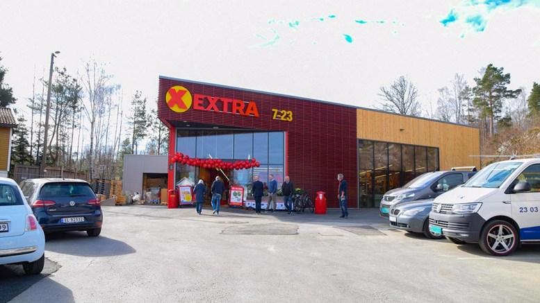 MATVAREKRIG: Coop Extra på Kongshavn kunne ha fått konkurrent like ved siden av. Nå blir det parkeringsområde i stedet. Foto: Esben Holm Eskelund
