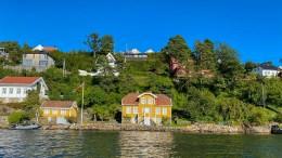 KULTURMIDLER: Forfatteren Gabriel Scotts eiendom «Maagereiret» ved Galtesund er blant prosjektene på Tromøy som har fått støtte til rehabilitering så langt i 2021. Foto: Esben Holm Eskelund