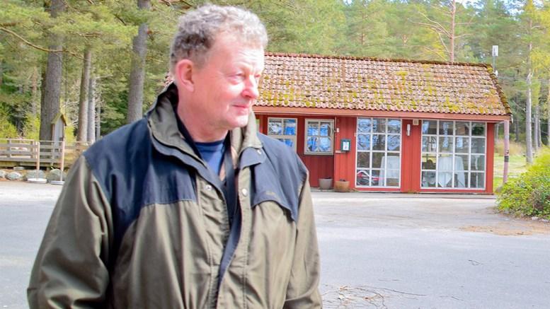 HOVE-SAKEN: Sp-politiker Erik Fløystad mener de som ønsker å verne Hove må fortsette å være brysomme, på en slik måte at deres meninger ikke kan bli sett bort ifra når reguleringsplanen for campingarealet på Hoveodden skal avgjøres til høsten. Foto: Esben Holm Eskelund