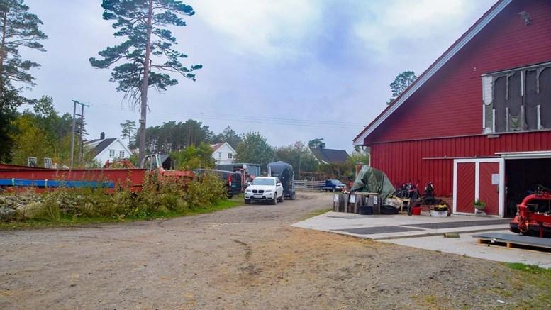 GÅRDSKONFLIKTEN: – Hegreveiens beboere kan ikke forvente at deres naboskap skal forbli uendret. Det er ikke med på kjøpet, skriver Bjelland-grunneier Nils P. Boye. Foto: Esben Holm Eskelund