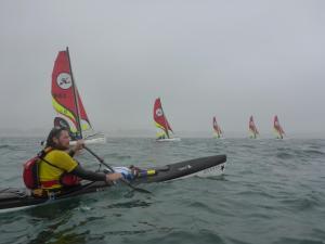 we varen snelle dan de zeilers in de baai van Quiberon