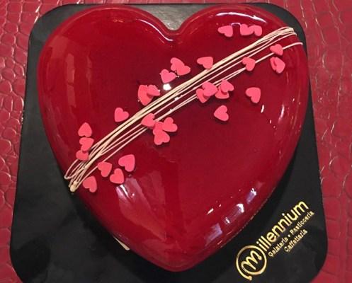 Dolce di San Valentino, cuore di cioccolato - Gelateria Millennium