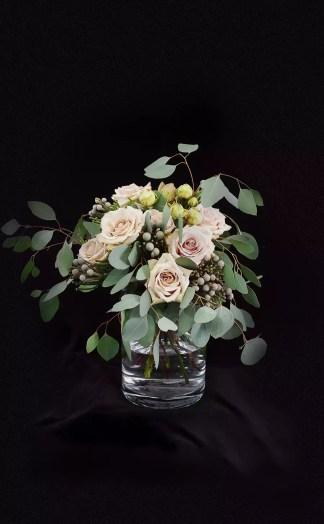 Gėlių puokštė Tyla