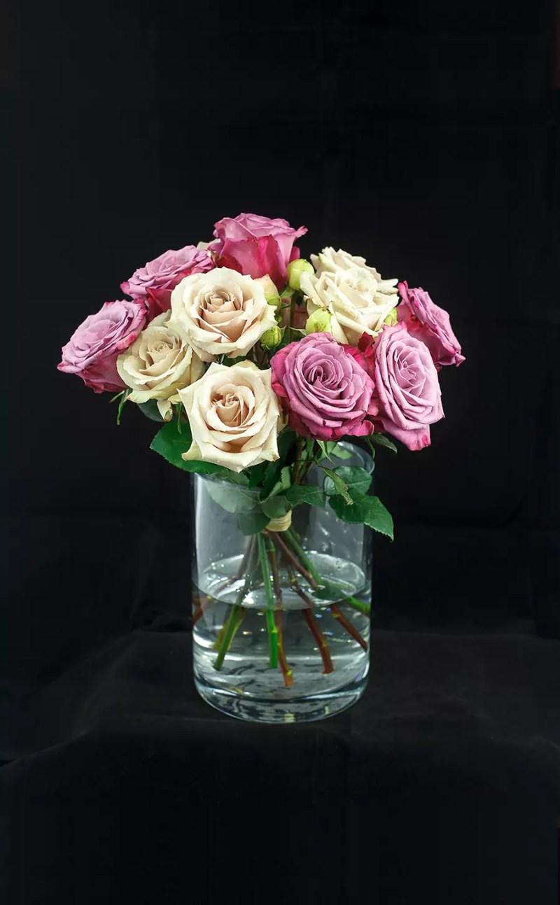 Gėlių puokštė Rožių mix