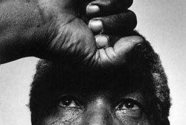 Mandela faz 90 anos e pede mais esforço pelos pobres