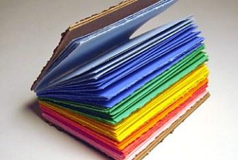 Governo quer livro didático com temática homossexual