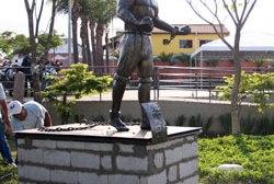 MOGI DAS CRUZES: Zumbi dos Palmares ganha monumento