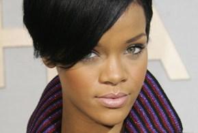 Rihanna divulga clipe da música 'Rude Boy'