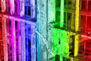 Detentos homossexuais terão direito à visita íntima em presídios