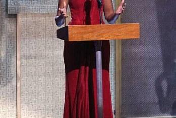 O estilo inconfundível da primeira dama Michelle Obama