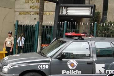 Rota mata dois suspeitos em 1 hora Após sumiço de jovens, fogo e tumulto