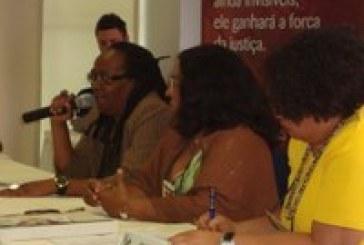 'A sociedade precisa reconstruir o imaginário social da mulher negra', diz Sueli Carneiro